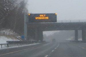 SALT SPREADING in Oxfordshire
