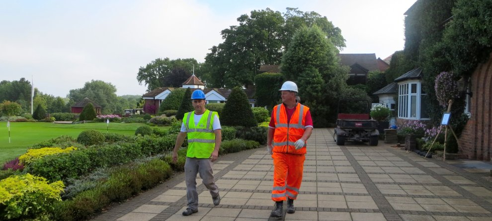 High-vis builders, The Belfry