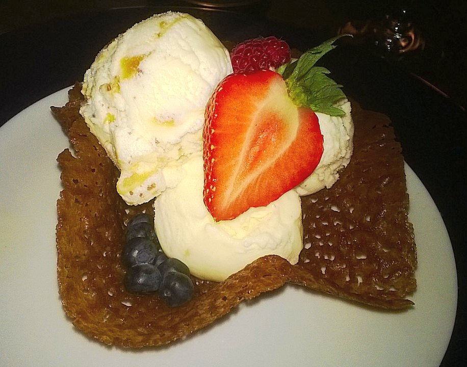 Ice cream brandy basket with berries, Brasserie Forty 4