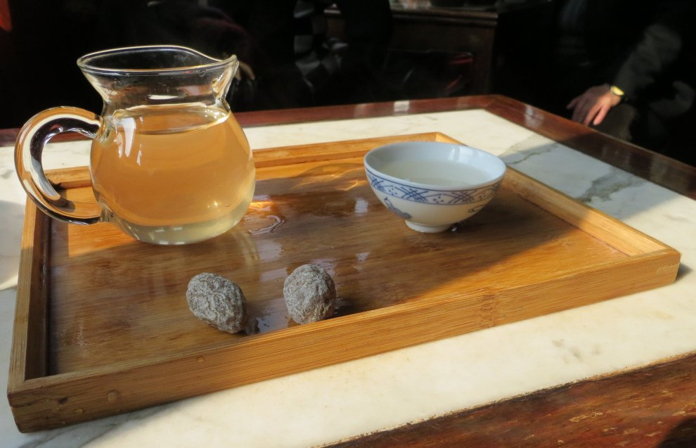 Jasmine tea for one, please...