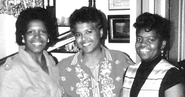 Catana Tully with her sisters Judith, left, and Adela, right.