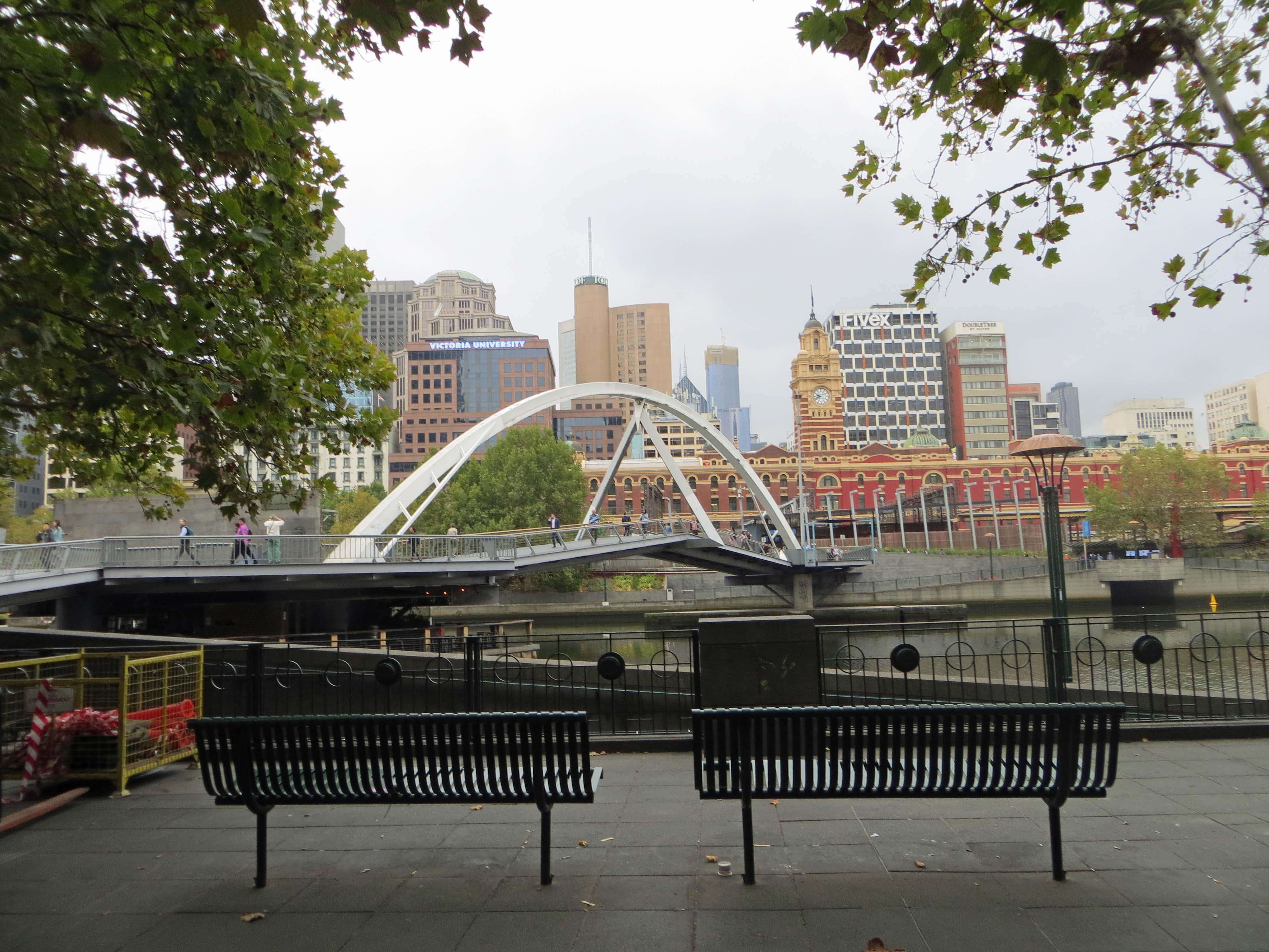 Yarra footbridge
